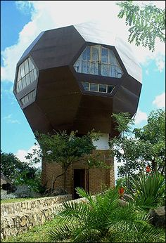 Located in Blantyre, Malawi the Football House was built by Dutch Architect Jan Sonkie as his residence.