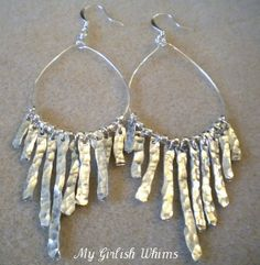 Great tutorial.  Hammered wire earrings.
