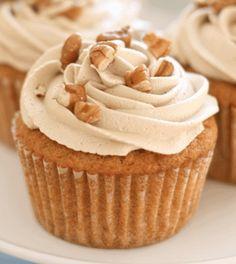 Sweet Potato Cupcakes, Sweet Potato Dessert, Yummy Cupcakes, Sweet Potato Recipes, Sweet Potato Flour, Mini Cupcakes, Cupcake Flavors, Cupcake Recipes, Cupcake Cakes