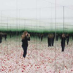 Le Bourgeois Gentilhomme, Infinity Mirror Room, Mirror Illusion, Corner Mirror, Floor Show, Instalation Art, Louisiana Museum, Yayoi Kusama, Museum Of Modern Art