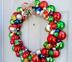 Dollar Store Ornament Wreath | DIY Christmas Wreaths for Front Door | Easy Christmas Decorating Ideas 2014