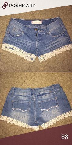 Light wash jean shorts with lace trim. 275d147d85330