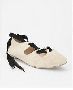 Deena & Ozzy Woven Lace Up Flat