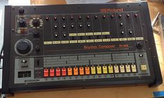 Roland TR808 analogue vintage drum machine (mint and just serviced)