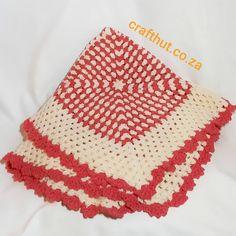 Granny square blanket  #grannysquaresrock #smallblanket #crochetistherapy #crochet #crafthutsa #handmade #madewithlove #madaboutcrochet