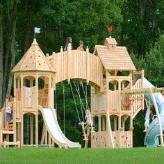 Would love to have this castle in the backyard for my princess