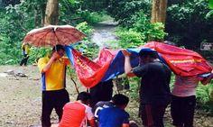 Pelajar bangsa Cina, India bantu rakan sedang solat - http://malaysianreview.com/141351/pelajar-bangsa-cina-india-bantu-rakan-sedang-solat/