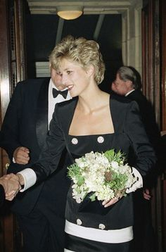 Princess Diana, the Princess of Wales arrives at the Royal Albert Hall in London on Tuesday, June 23, 1992 for a tribute concert for Sammy Davis Jr. Stars performing include Liza Minelli with proceeds going to the Royal Marsden Hospital for cancer. (AP Photo/Nigel Marple)