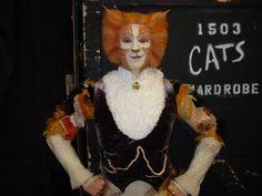 Cats (Skimbleshanks).