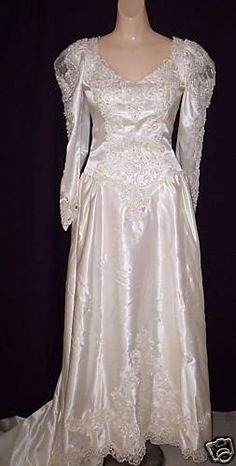 1980s IVORY BEADED WEDDING BRIDAL GOWN DRESS with CATHEDRAL TRAIN