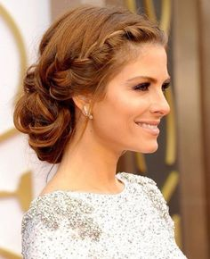 Wedding Hairstyles Medium Hair Chic Prom Hairstyles Updos - Fall is right at the corner. Creating a perfect bridal look for fall wedding takes a lot of effort. Apart from the wedding dresses, you have to think about the wedding hairstyles. Cute Prom Hairstyles, Simple Wedding Hairstyles, Diy Hairstyles, Updo Hairstyle, Hairdos, Amazing Hairstyles, Bridesmaids Hairstyles, Hairstyle Ideas, Elegant Hairstyles