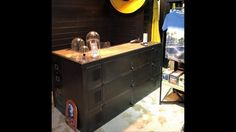 Agencement de magasin ambiance atelier usine loft Industriel by  ldt l'or du temps