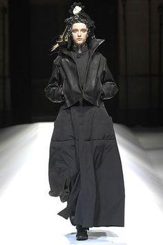 Yohji Yamamoto Autumn/Winter 2007-8 Ready-To-Wear