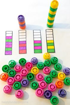A fun and easy early math activity for toddlers and preschoolers using squeeze pouch lids! Toddlers And Preschoolers, Math Activities For Toddlers, Graphing Activities, Infant Activities, Toddler Preschool, Toddler Crafts, Preschool Activities, Crafts For Kids, Fun Learning