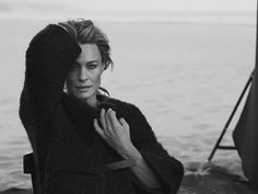 Robin Wright by Peter Lindbergh Peter Lindbergh, Photo Portrait, Portrait Photography, Robin Wright Hair, Divas, Photo Star, David Sims, Portraits, Richard Avedon