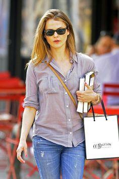 Keri Russell Photo - Keri Russell Strolls Around NYC