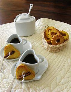 (✿ ~ ღೋ ✿ by Vedrana Coffee Cup Art, Coffee Heart, Coffee Milk, I Love Coffee, Coffee Break, My Coffee, Morning Coffee, Mini Desserts, Tea Puns