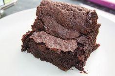 Jumalaisen pehmeä tahmea suklaa-brownie