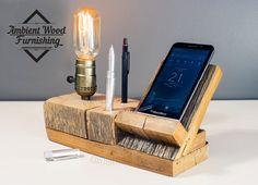 Nous sommes fiers d'annoncer que tous nos produits bois sont en forme et conçu dans une maison à la main. Cela nous donne la possibilité de faire le moindre détail sur le matériel qui ne peut jamais être atteint par CNC * machines à bois utilisés souvent sur le marché pour les supports de