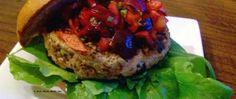 Hamburguesas de Pavo y Verdura con Salsa de Cerezas y Albahaca