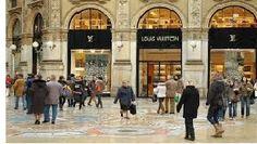 El turismo de compras, sobre todo en Italia, se ha convertido en uno de los principales impulsores de los flujos turísticos, en especial los visitant