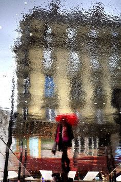 Tumblr - audreylovesparis:    Paris on a rainy day