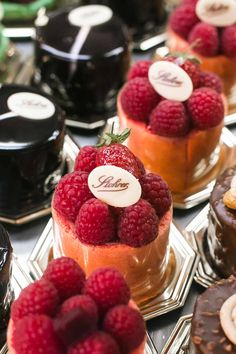 The oldest pastry shop in Paris, Stohrer features fine pastries, chocolates & classic French pastries in an old-world setting. A must visit in Paris!