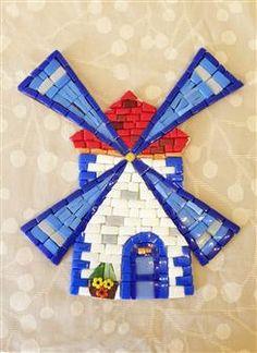 Mozaik Yeldeğirmeni - El yapımı mozaik yeldeğirmeni