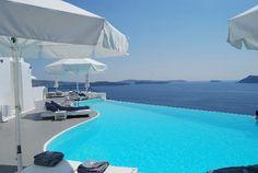 Hotéis com piscinas incríveis / Katikies Hotel / Santorini, Grécia