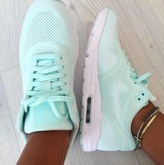Nike air max 87 women shoes $69 @jollyfellow2