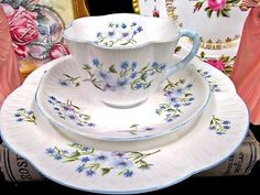 SHELLEY TEA CUP AND SAUCER TRIO BLUE ROCK PATTERN TEACUP DAINTY SHAPE SET