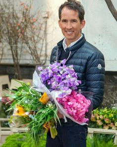 There's more to buying flowers than snatching up the nearest bodega bouquet. Join Kevin Sharkey, design expert and flower whisperer, on a visit to New York City's extraordinary flower markets. Watch him select blooms for a story in Martha Stewart Living's May 2014 issue, and get his tips for making the most of your own flower-shopping excursions.