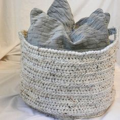 Items similar to Large Crochet Basket - Oatmeal Ecru Beige Fleck - Home Decor Organization Storage Round Cylinder x for Towels, Blankets, Pillows on Etsy Rectangular Baskets, Large Baskets, Wicker Baskets, Cosy Outfit, Black Screen, Cat Doll, Folded Up, Best Friend Gifts, Organizer