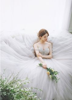Every day something new and special Korea pre wedding by Mr. K Korea Wedding Pre Wedding Shoot Ideas, Pre Wedding Poses, Bridal Wedding Dresses, Wedding Bride, Korean Bride, Wedding Ideias, Korean Wedding Photography, Off Shoulder Wedding Dress, Wedding Dress Pictures