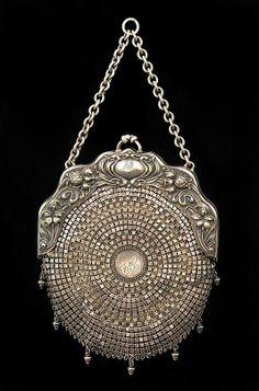 Art Nouveau Bag  Chatelaine ca.1903 | JV