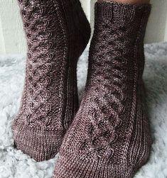 Ravelry: Oden socks pattern by Mia Dehmer / VickeVira