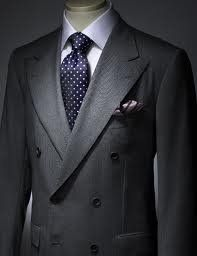 Double breasted suits  Known to be among the most formal type of men's suits, the double breasted suits are suited for formal occasions and social events. The double breasted suits are also worn during wedding receptions and other functions. It is most commonly worn for evening functions. These suits appear elegant on tall framed men. Worn with half spread collars, spread collar shirts or cut collar shirts, these suits are among the most widely worn suits by most of the men.