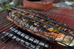 Maustemittakaava: Halstrattu lohi grillatuilla sitruunoilla