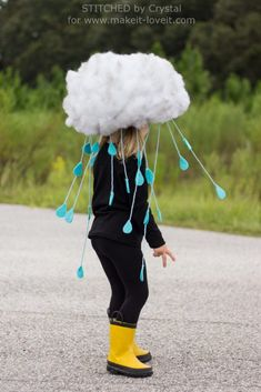 Looking for some DIY Halloween Costumes? This list of fun, cute, and easy DIY Halloween Costumes is perfect for trick-or-treating! Storm Halloween Costume, Diy Halloween Costumes For Kids, Creative Costumes, Easy Halloween Costumes, Costume Ideas, Science Costumes, Rain Cloud Costume, Rain Costume, Photo Vintage