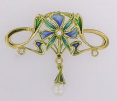 PENDANT: yellow gold, 4 diamonds 0,10 ct., 1 pearl and enamels. size: 45 x 35 mm. 02MP0059