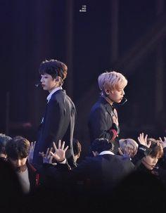Wanna-One - Guanlin x Jihoon (PanWink) You Are My World, You Are My Life, Boom Shakalaka, Yoo Seonho, Hyun Kim, Guan Lin, Kpop Couples, Lai Guanlin, Kim Jaehwan