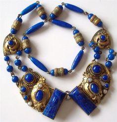 ART DECO CZECH MAX NEIGER SUPERB LAPIS BLUE CARVED ART GLASS CHOKER NECKLACE