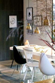 Today we bring you the best Dining Room Lighting Ideas to inspire you with different dining room lamps from contemporary lighting to modern lighting. Dining Room Inspiration, Interior Inspiration, My Living Room, Home And Living, Brighten Dark Room, Home Interior, Interior Design, Best Dining, Dining Room Lighting