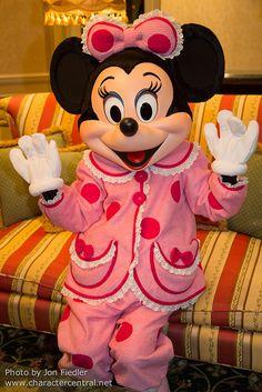 DDE May 2013 - Mickey and Minnie bid us goodnight
