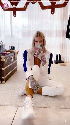 Yasss Jeffree Star Snapchat, Jefferee Star, Alien Queen, Artists And Models, Best Youtubers, Style Icons, Fangirl, Daughter, Hipster