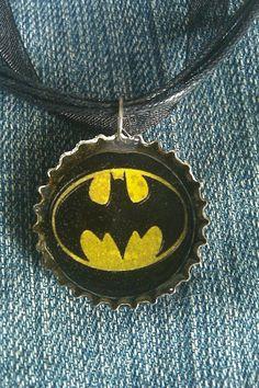 im gonna make this Bottle Cap Jewelry, Bottle Cap Necklace, Bottle Cap Crafts, Bottle Caps, Batman Stuff, Im Batman, Batman Comic Books, Batman Comics, Diy Jewelry