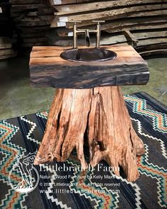 Rustic Tree Stump Bathroom Sink Rustic bathroom vanity handmade from a western cedar tree stump with Rustic Vanity, Rustic Bathroom Vanities, Rustic Bathrooms, Outdoor Bathrooms, Landing Decor, Rustic Kitchen Design, Live Edge Wood, French Home Decor, Log Furniture