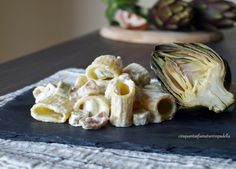 Paccheri con panna, pancetta e carciofi