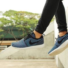 cheap nike roshe run online sale for 2016 new styles by manufactories.buy your cheap nike free run shoes with. Nike Free Run, Nike Free Shoes, Nike Shoes Outlet, Running Shoes Nike, Toms Outlet, Store Nike, Fresh Shoes, Nike Roshe Run, Spring Shoes
