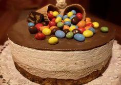 Duplacsokis-mogyorós mousse torta   Margaréta 🌼 receptje - Cookpad receptek Mousse, Birthday Cake, Food, Birthday Cakes, Essen, Meals, Yemek, Cake Birthday, Eten